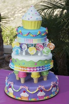Cake, ice cream and candy cake design. We can help achieve this look by checking out our website for cake dummies, cake boards and cupcake stands! off with at cake recipe Pretty Cakes, Cute Cakes, Beautiful Cakes, Amazing Cakes, Amazing Birthday Cakes, Yummy Cakes, Beautiful Flowers, Dessert Party, Candy Party
