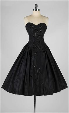 f0115042270 Vintage 1950 s Fred Perlberg Black Beaded Sequins Dress