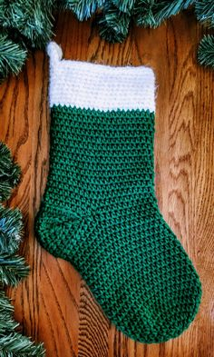 Knitted Christmas Stocking Patterns, Crochet Stocking, Knitted Christmas Stockings, Xmas Stockings, Christmas Knitting, Christmas Toys, Christmas Ornaments, Christmas Eve, Christmas Ideas