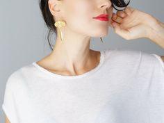 Cicignano // Flower Earrings/ Dangle Earrings/ Lace Earrings/ Statement Earrings/ Orange Earrings/ Gold Earrings / Floral #bestofEtsy #trend