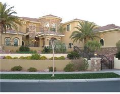 So many beautiful homes at Seven Hills in Henderson, Nevada....