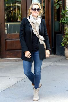 Kate Winslet is seen walking on her Birthday in Soho Kate  on October 5, 2015 in New York City.