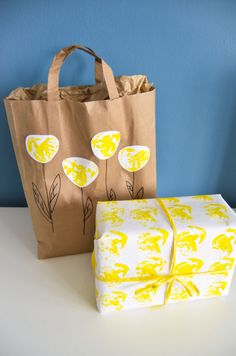 Řapíkatý celer Paper Shopping Bag, Diaper Bag, Wraps, Gift Wrapping, Gifts, Home Decor, Gift Wrapping Paper, Presents, Decoration Home