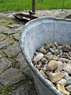galvanized tub w/rocks
