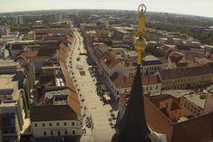 VIDEO, ktoré zohreje každého Trnavčana: Mesto z výšky skrášľujú slnečné lúče Mesto, Opera House, Building, Travel, Viajes, Buildings, Destinations, Traveling, Trips