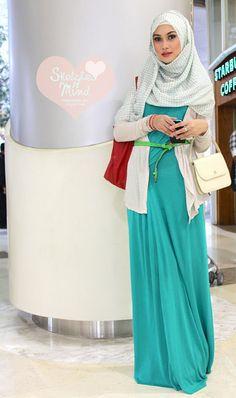 44 Ideas Fashion Hijab Style Outfits Beautiful For 2019 Islamic Fashion, Muslim Fashion, Modest Fashion, Hijab Fashion, Trendy Fashion, Fashion Outfits, Fashion 2014, Hijab Chic, Muslim Girls
