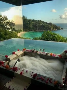 Hawaii Honeymoon Vacation Packages: Why You Should Purchase One Vacation Places, Vacation Destinations, Dream Vacations, Vacation Spots, Honeymoon Places, Bora Bora Honeymoon, Jamaica Vacation, Vacation Ideas, Beautiful Places To Travel