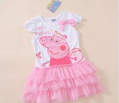 Cute idea for a special party dress for a Peppa Pig Birthday Party Peppa Pig Princesa, Cumple Peppa Pig, Colorful Birthday Party, 3rd Birthday Parties, Aniversario Peppa Pig, Pig Birthday, Pig Party, Picnic, Party Ideas