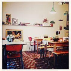 Bob's Juice Bar - Tuck Shop, 13 rue Lucien Sampaix 75010 Paris
