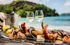 DVA ODLIČNA recepta sa lososom i gamborima: Letnji užitak za nepca! South African Recipes, Ethnic Recipes, Barbecue, Ocean Wise, Lunch On The Beach, Fast Food Items, Beer Festival, How To Make Beer, Vacation Resorts