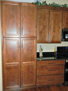 Cabinets, Counters, Appliances,pantry, And Hardware   Flury Http://