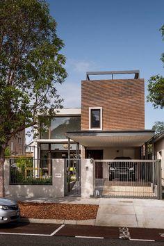 New exterior bungalow renovation house plans Ideas Architecture Design, Minimalist Architecture, Facade Design, Exterior Design, House Design, Cafe Exterior, Exterior House Colors, Brick Facade, Facade House