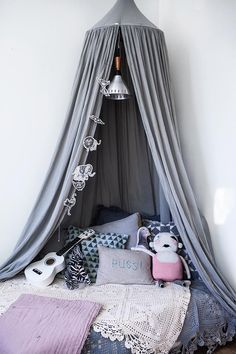 Un dormitorio infantil con mucha personalidad