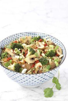 Knapperige groentewok met broccoli en grotchampignons | Colruyt