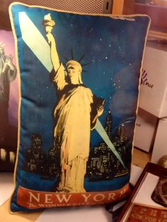 Statue of Liberty on a pillow!