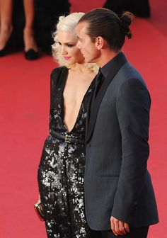 Gwen Stefani And Gavin Rossdale At The 2011 Cannes Film Festival - The Cutest Cannes Couple Moments Of The Decade - Photos Couple Moments, Gavin Rossdale, Gwen Stefani, Cannes Film Festival, Pop Culture, Sequin Skirt, Entertainment, In This Moment, Couples