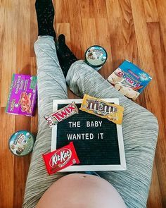 Weekly Pregnancy Photos, Pregnancy Quotes, Pregnancy Humor, Funny Maternity Pictures, Cute Maternity Outfits, Maternity Photos, Bump Pictures, Baby Bump Photos, Baby Momma