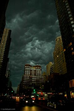 NYC. Storm is coming. Upper East Side.
