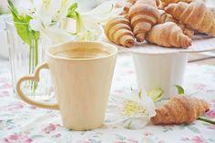 Bagels with jam. Allrecipes, Mugs, Coffee, Tableware, Bagels, Pastries, Kitchen, Kaffee, Dinnerware