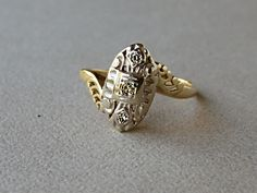 Gorgeous Art Deco 14K Solid Yellow and White Gold Diamond Engagement Ring 0262_16