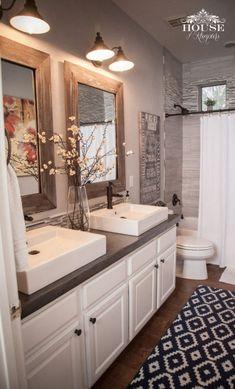 99 Beautiful Urban Farmhouse Master Bathroom Remodel (14)