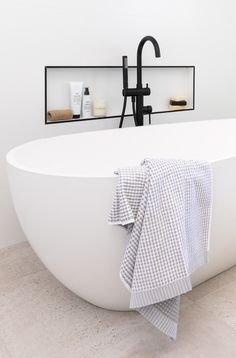 Bella Vie Interiors was engaged to reinvent an outdated family bathroom. Our client, Megan, desperately wanted her bathroom to be a spa-like retreat. Serene Bathroom, Bathroom Layout, Beautiful Bathrooms, Small Bathroom, Budget Bathroom, Family Bathroom, Bathroom Design Software, Modern Bathroom Design, Bathroom Interior Design