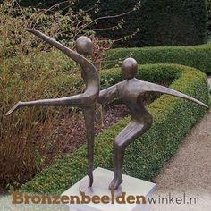 Bronzen danspaar tuinbeeld BBW0361br
