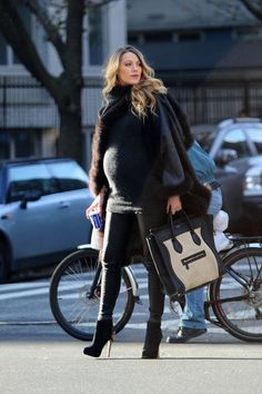 Blake Lively's Maternity Style - love this chic look for winter!