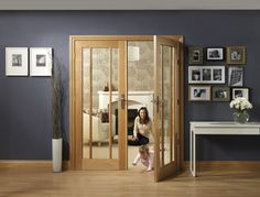 This Worcester Internal Oak Rebated Door Pair by XL Joinery is a stylish option with clear glass.