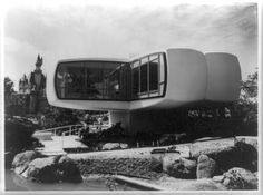 Title: [Monsanto's 'House of the Future' in the Tomorrowland section of Disneyland Park, Anaheim, California]. House Wiring, Retro Futuristic, Futuristic Houses, Disneyland Park, Disney Home, Googie, Imagines, Space Age, Haunted Mansion