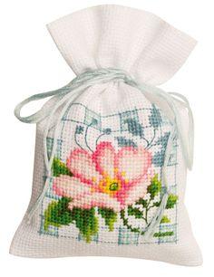 Bolsita Popurr�: Flores y plazas 2 de Vervaco - Sacchettini Potpourri - Kits Bordado - Casa Cenina