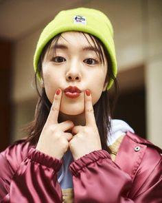 唐田えりか | Tumblr Petty Girl, Rain Jacket, Erika, High School Girls, Windbreaker, Asian Beauty, Pretty, Cute, Jackets