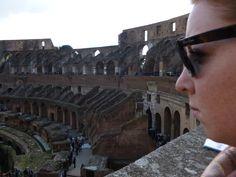 Lara in het Colosseum (maart 2013)