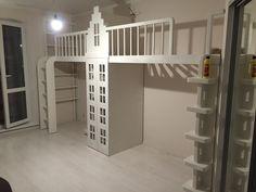 Кровать-чердак, мебель для детской