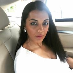 In a mood for a long drive with no real destination! Your journey few times need to unwind you- Mugdha Veira Godse Find solace & personal isolation moods at The Wellness Club Gyms The statement of lifestyle gyms endorsed by celebs Rahul Dev-Mugdha Godse. Rahul Dev, Mugdha Godse, Wellness Club, Long Drive, Celebs, Celebrities, Kos, Personal Trainer, Fitspo