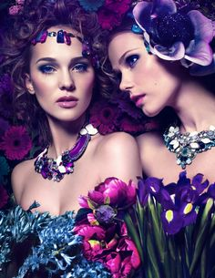 Fantasy ❀ beautiful photography of women and flowers - fashion photos fashi Photography Women, Fashion Photography, Photography Ideas, Floral Headpiece, All Things Purple, Living At Home, Shades Of Purple, Her Hair, Flower Power