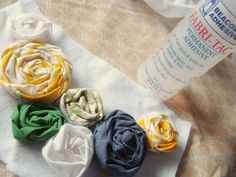 Rolled Rose bib necklace tutorial