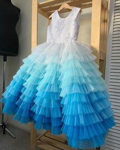 Baby Girl Dresses Diy, Kids Party Wear Dresses, Dress For Girl Child, Dresses For Tweens, Little Girl Dresses, Girls Dresses, Girls Frock Design, Baby Dress Design, Kids Frocks Design