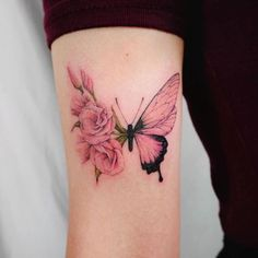 Image about cute in Tattoos by Victoriaa ♡️ on We Heart It Elegant Tattoos, Pretty Tattoos, Love Tattoos, Beautiful Tattoos, Body Art Tattoos, Tatoos, Rose Tattoos For Women, Butterfly Tattoos For Women, Butterfly Tattoo Designs