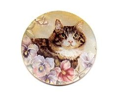 mother of pearl button with cat