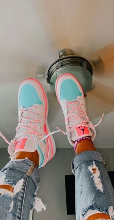 Jordan Shoes Girls, Girls Shoes, Cute Sneakers, Shoes Sneakers, Jordans Sneakers, Outfits With Jordans, Pink Jordans, Kd Shoes, Chunky Sneakers