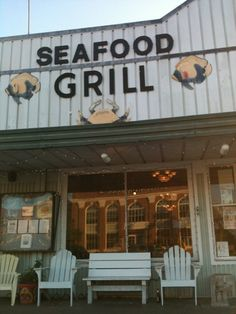 This place is delish. Vacation List, Florida Vacation, Florida Rentals, Vacation Rentals, Cape San Blas Florida, Beach Cottage Decor, Cottage Chic, Saint George Island, Florida Girl