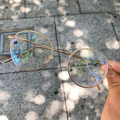 Glasses Frames Trendy, Cute Glasses, Cute Jewelry, Jewelry Accessories, Types Of Glasses, Lunette Style, Fashion Eye Glasses, Jewelry Collection, Eyeglasses