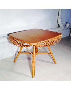 vintage-hunters-table-basse-rotin-carrée