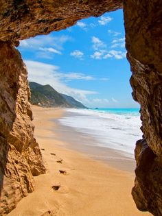 Kathisma Beach | Lefkada, Ionian Islands, Greece (by Rick Muusers)