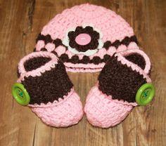 Pink crochet set baby girl set pink by LoveCareHandmade on Etsy
