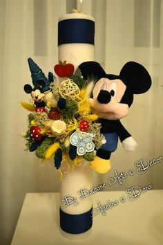 Lunanari botez mickey Decorated Candles, Candle Decorations, Baby Party, Kids And Parenting, Christening, Diy And Crafts, Wedding Flowers, Ornament, Baby Boy