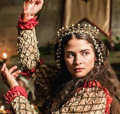 """""""Joanna the Mad""""Alba Galocha as Queen Joanna in The Spanish Princess Theatre Costumes, Cool Costumes, White Queen Costume, The White Queen Starz, Joanna Of Castile, Renaissance, The White Princess, Hollywood Costume, Catherine Of Aragon"""