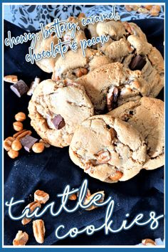 Recipe for the BEST Turtle Cookies, full of pecans, caramel and chocolate Caramel Bits, Caramel Pecan, Delicious Cookie Recipes, Dessert Recipes, Easy Desserts, Italian Wedding Cookies, Turtle Cookies, Holiday Cookies, Holiday Baking