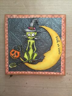 Halloween card: Tim Holtz crazy cats and crazy things. Crescent moon bigz die.